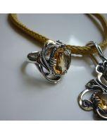 Класически сребърен пръстен с цитрин