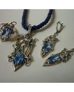 Екстравагантен авторски комплект сребърни бижута със син корунд