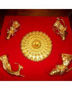 Комплект реплики на Панагюрското съкровище