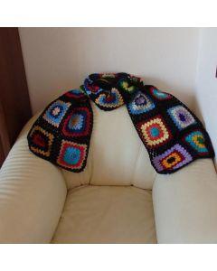 Многоцветен ръчно плетен шал, колорит