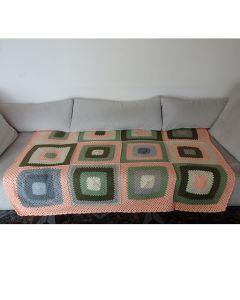 Многоцветно, ръчно плетено одеяло Картината