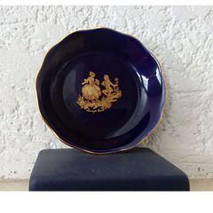 Колекционерска чинийка костен порцелан