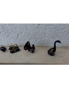 Комплект миниатюри от костен порцелан и позлата Limoges Castel