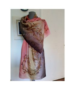Рисуваш шал от естествена коприна, Нежност