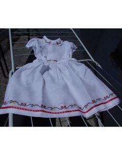 Детска рокличка с българска бродерия
