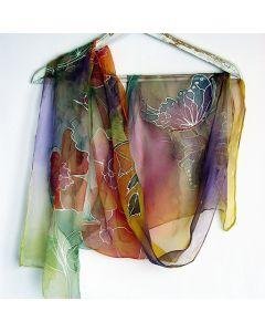 """Ръчно рисуван шал """"Стилизирани цветя с пеперуди"""""""