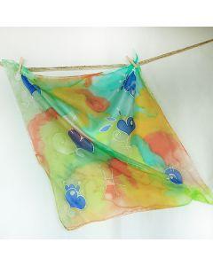 Ръчно рисуван шал от естествена коприна, Сърца