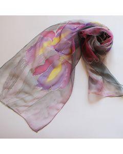 Ръчно рисуван копринен шал, Ириси на сиво - лилав фон