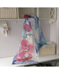 Ръчно рисуван шал, Червени цветя, естествена коприна