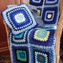Възглавница, плетена на една кука