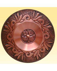 Слънцето и Вярата - ръчно кована декоративна чиния за стена
