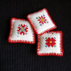Игленици, българска бродерия