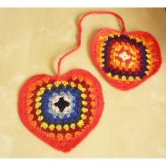 Сърца, плетени на една кука
