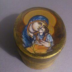 Кутия, елипса с Богородица