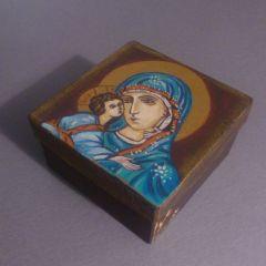 Кутия с  лика на  Богородица
