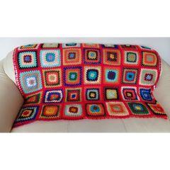 Одеялото на баба, плетено на една кука