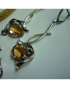 Елегантни сребърни обеци с цитрин във формата на цветя