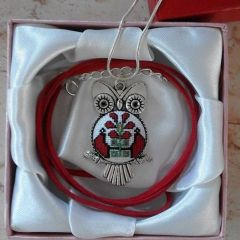"Бродиран медальон ""Бухалче"""