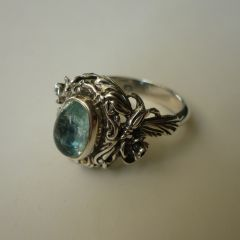 Сребърен пръстен с аквамарин