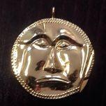 Луксозен сувенир - златната маска от Далакова могила