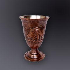 Чаша за ракия с ловни сцени, кована мед