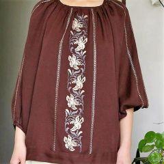Дамска копринена блуза, ръчна бродерия