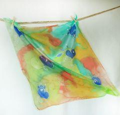 """Ръчно рисуван шал от естествена коприна """"Сърца"""""""