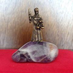 Зодия везни, миниатюра  с натурален аметист