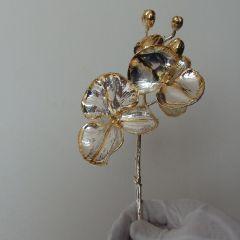 Позлатена орхидея