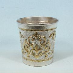 Посребрена и позлатена релефна чаша