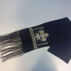 Ръчно бродиран копринен шал